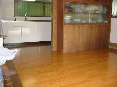 新しくなったキッチン・明るくなった室内